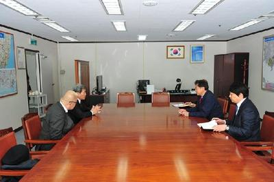 On January 24, CEO of LAMI Co. of Japan, Okuno Akira, visited BJFEZ Authority and had meeting with Commissioner Seo of BJFEZ to learn and sound out the investment opportunities in the BJFEZ.